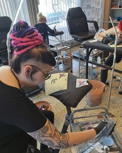 Harjoitus viikonlppu tatuointi koulussa