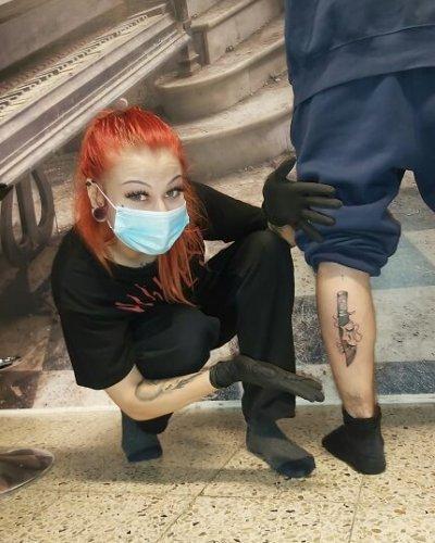Marin hieno puukko tatuointi